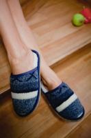 Домашние тапочки-шлепанцы Антистресс арт. 1107309-синие