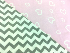 Наволочка с ластовицей U 350х35 двусторонняя бязь сердечки розовые-зигзаг серый
